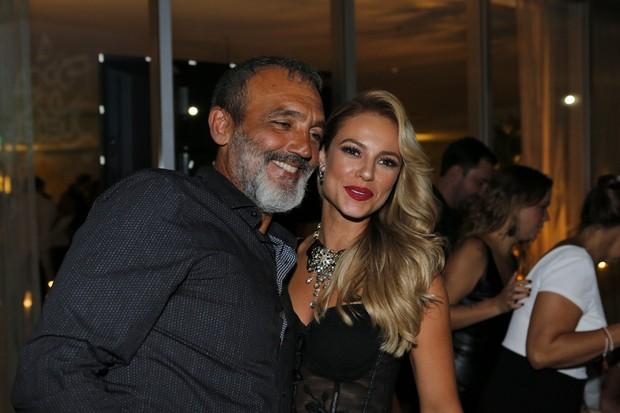 Papinha e Paolla Oliveira (Foto: Marcos Serra Lima / Ego)