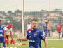 Serrato cobra vitória contra o Anápolis para Vila recuperar moral e confiança