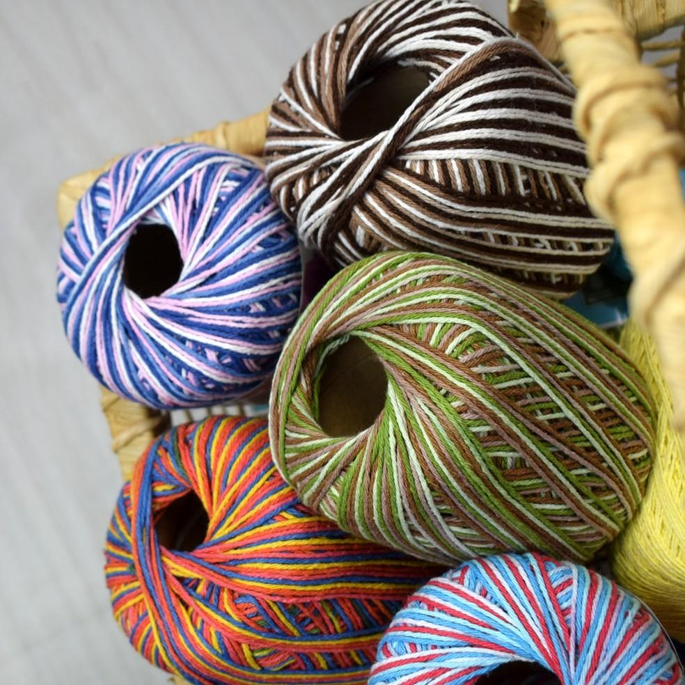 Produção é feita com resíduos da indústria têxtil (Foto: Divulgação)