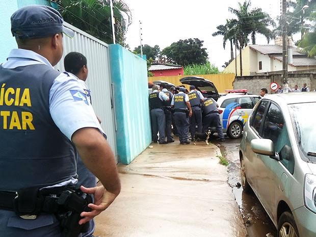 Assalto com reféns em Várzea Grande (Foto: Arquivo Pessoal)