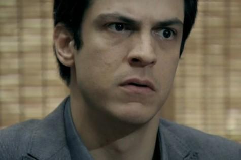 Mateus Solano em cena como Félix (Foto: Reprodução)