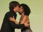 Premiação reúne famosos em hotel carioca