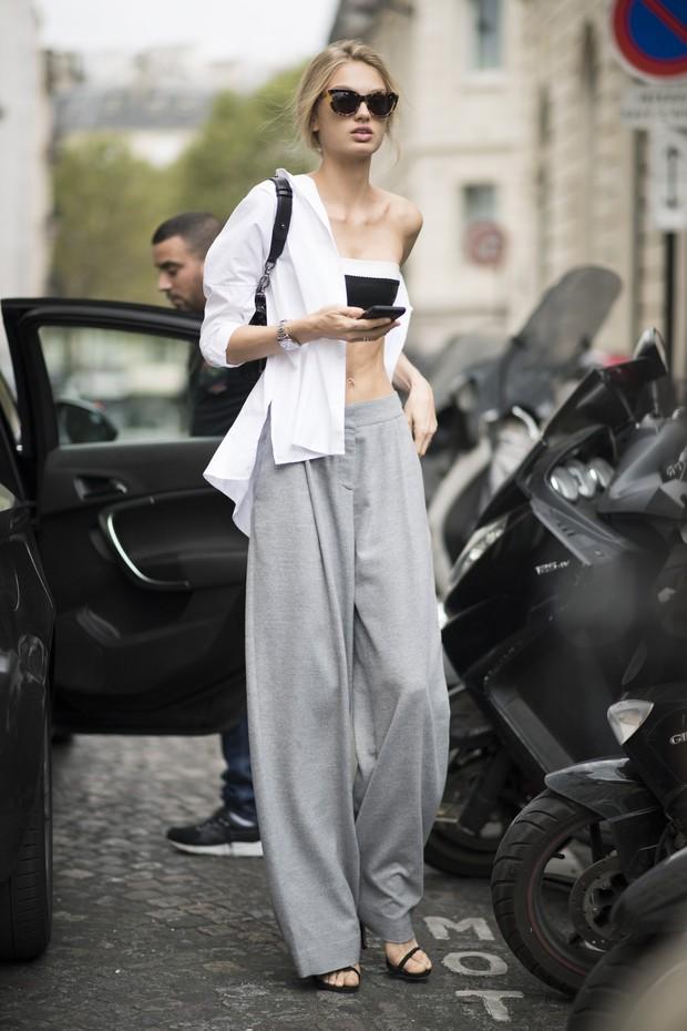 Modelo holandesa Romee Strijd, de 21 anos, é Angel da Victoria's Secret e mostrou magreza excessiva na semana de moda de Paris (Foto: Getty Image)
