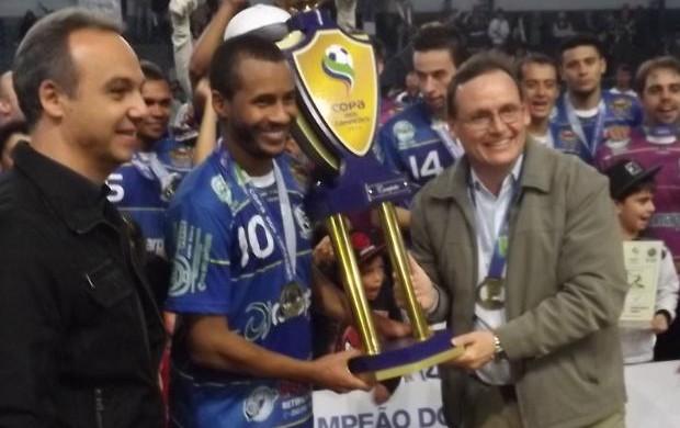 FEZ BONITO (Caio Silveira)