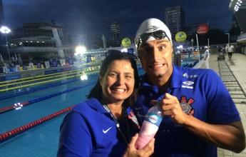 Manager, médico, nutricionista: o staff familiar por trás dos atletas da natação