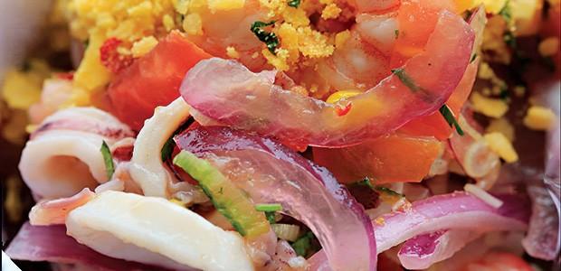 Ceviche de frutos do mar e cambuci (Foto: Rogério Voltan/Editora Globo)