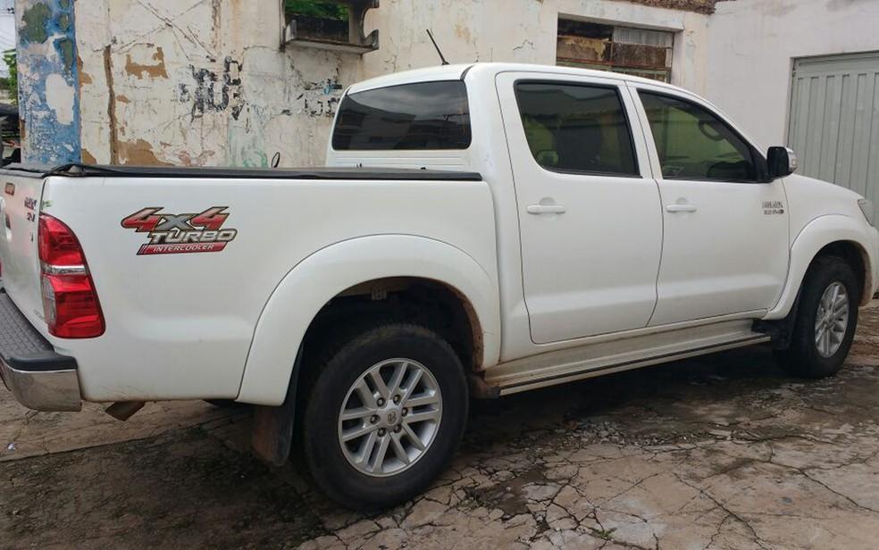 Chassi e motor do veículo estavam com indícios de adulteração (Foto: Divulgação/Polícia Rodoviária Federal)