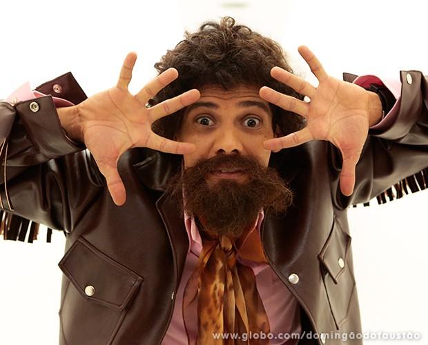 O artista já caracterizado como Raul Seixas (Foto: Felipe Monteiro / TV Globo)