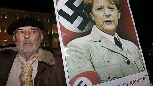 A chanceler alemã, Angela Merkel, é considerada uma grande vilã por muitos gregos (Foto: AP)