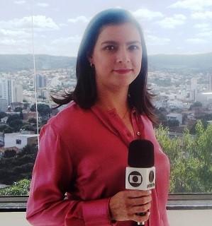 Maria Ribeiro continua na Inter TV Grande Minas como repórter (Foto: Henrique Corrêa/Inter TV)