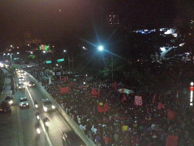 Protesto do Movimento dos Trabalhadores Sem-Teto (MTST) passa pela Vila Matilde (Foto: Tatiana Gandolfi)