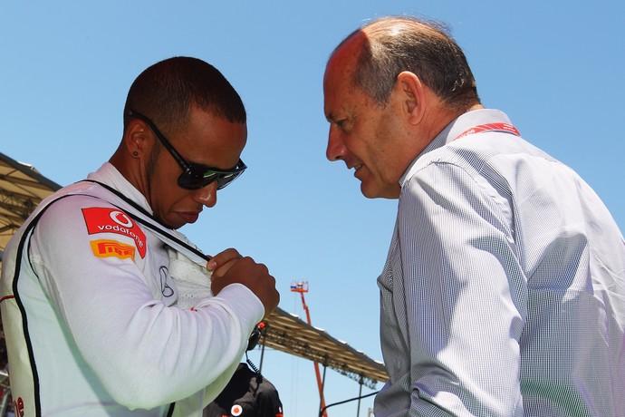 Ron Dennis acredita que Lewis Hamilton possa se sentir atraído de volta para a McLaren nos próximos anos (Foto: Getty Images)