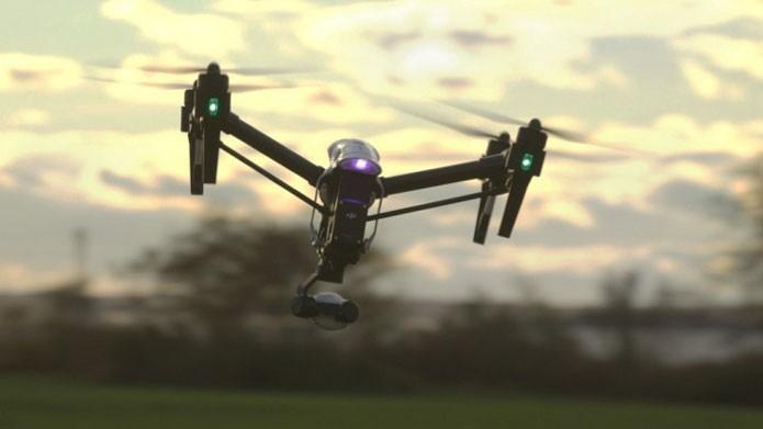 Leveza é fundamental em drones domésticos, como DJI Inspire da foto (Foto: Divulgação/DJI)