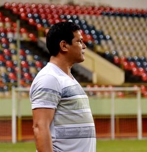 Serginho Gois, técnico do Alto Acre (Foto: Nathacha Albuquerque)