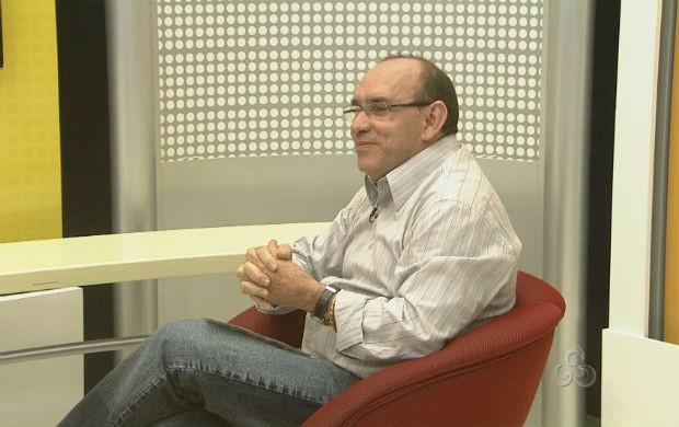 Acupunturista farmacologista Elziwaldo Monteiro (Foto: Reprodução/TV Amapá)