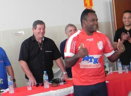 Fábio Simplício, meia do Batatais (Foto: Carlos Justino/Batatais FC)