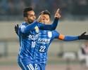 TV: chineses propõem emprestar Alex Teixeira ao Inter e levar Felipe Melo