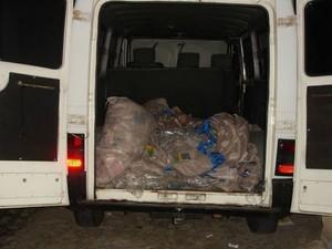 Carro usado para transportar o dinheiro na fuga dos assaltantes do Banco Central (Foto: Divulgação)