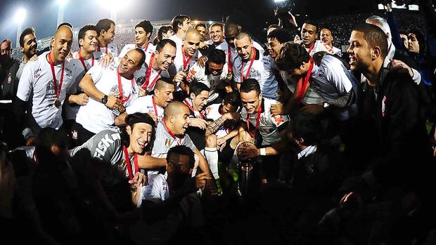 festa Corinthians Recopa (Foto: Marcos Ribolli / Globoesporte.com)