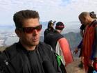 Corpo de atleta de wingsuit é resgatado em mata na Zona Sul do Rio