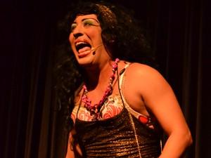 Monayra Manon irá apresentar novamente o FESQ (Foto: Divulgação)