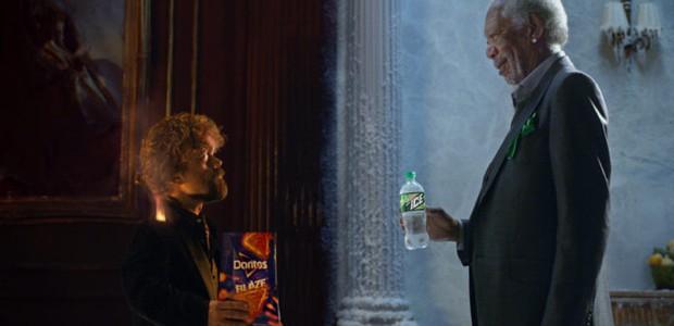 Peter Dinklage e Morgan Freeman em comercial (Foto: reprodução)
