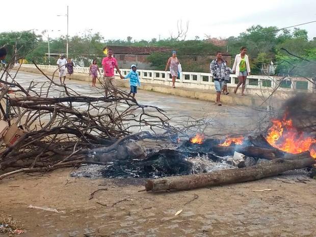 Protesto de índios (Foto: Arquivo pessoal)