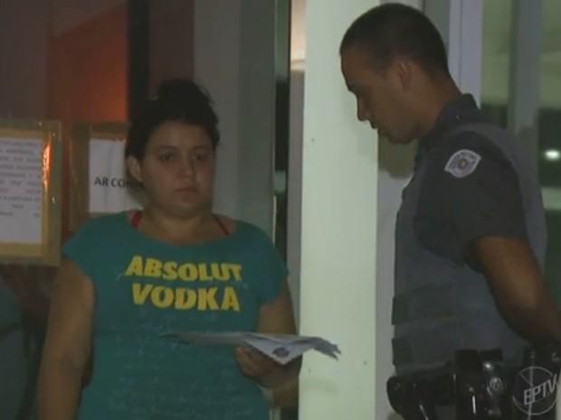 Mãe confessou que batia na filha de três meses aos policiais da 2ª Seccional (Foto: Reprodução/EPTV)