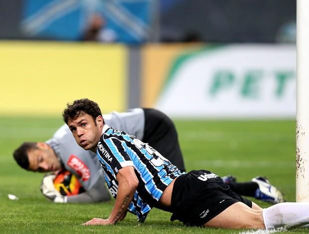 Kleber jogo Grêmio e Atlético-PR Copa do Brasil (Foto: Marcos Cunha / Agência Estado)