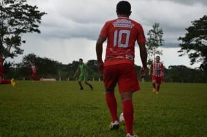 Jogador no Campeonato de Férias no Acre (Foto: João Paulo Maia)