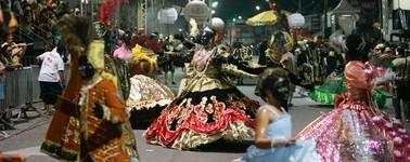 'Vozes da África' é o maracatu vencedor do Carnaval de rua ('Vozes da África' é o maracatu vencedor do Carnaval ('Vozes da África' é o maracatu vencedor do Carnaval ('Vozes da África' é o maracatu vencedor do Carnaval (Agência Diário))))