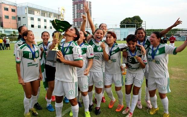 Iranduba, futebol feminino (Foto: Adeilson Albuquerque/Globoesporte.com)