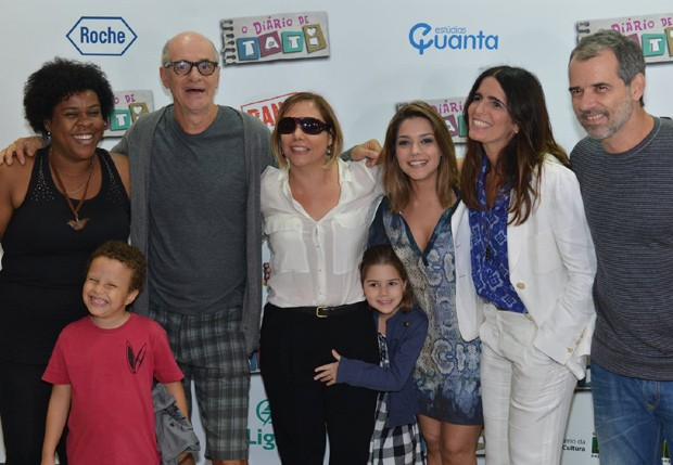 """Elenco comparece à pré-estreia do filme """"O Diário de Tati"""" (Foto: André Muzell/ agnews)"""