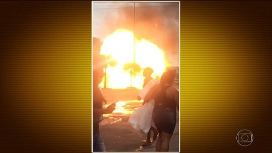Caminhonete explode em Itaboraí (RJ); veja as imagens