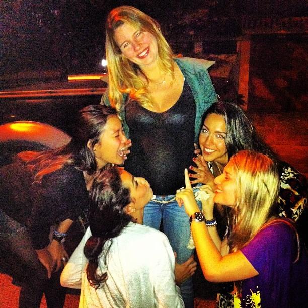 Debby Lagranha com amigas (Foto: Instagram/ Reprodução)