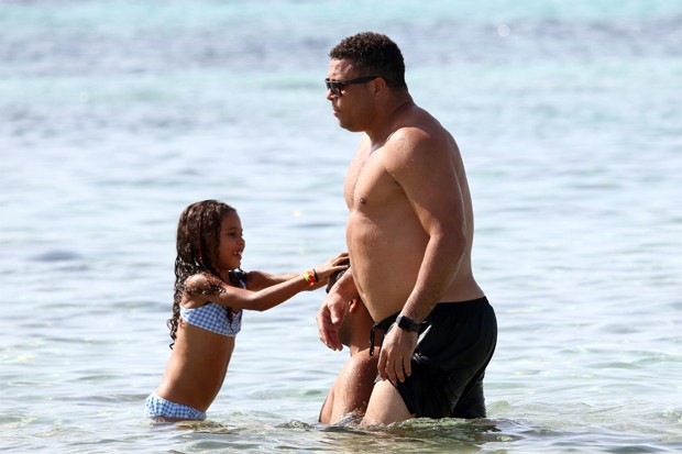 Ronaldo com Maria Alice (Foto: The Grosby Group)
