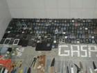 Agentes apreendem 198 celulares em presídio cearense