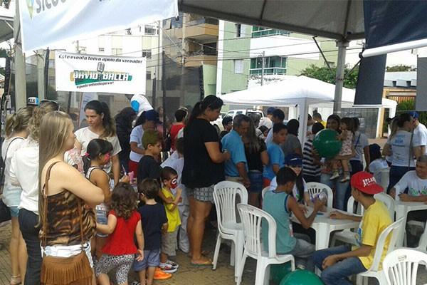 Além de atendimentos, as pessoas ainda puderam concorrer ao sorteio prêmios. (Foto: Divulgação | TV Integração )