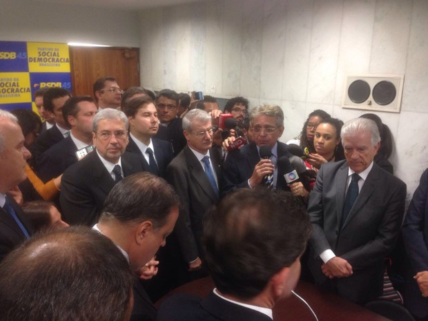 Líderes de PSDB, DEM, PPS e PSB anunciam apoio oficial à candidatura de Rodrigo Maia (DEM-RJ) à presidência da Câmara (Foto: Gustavo Garcia / G1)