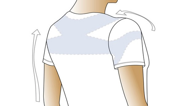A película transparente fica na parte interna da camiseta, na região das costas e dos ombros (Foto: Divulgação)