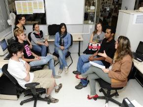 Reunião no Cedecom (Foto: Divulgação / Cedecom)