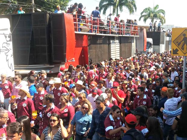 Cavalgada 2016 reúne centenas de amantes do sertanejo neste domingo (24), em Rio Branco (Foto: Iryá Rodrigues/G1)