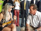 Juju Salimeni tira onda e entrevista Arnold Schwarzenegger