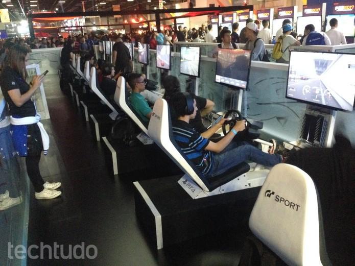 Gran Turismo Sport é 'mais do mesmo' de qualidade (Foto: Felipe Vinha/TechTudo)