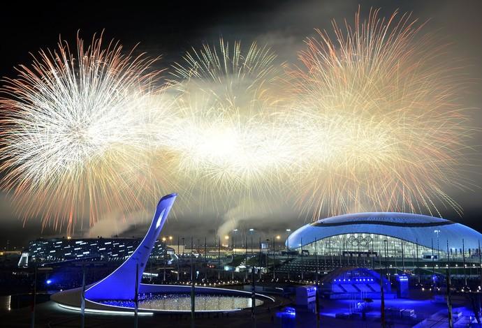 fogos encerramento Sochi (Foto: Getty Images)