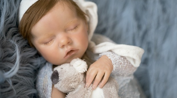 86aada3b6 Você desembolsaria até R  12 mil por um boneco  O número de adultos que  investem em bebês reborn é cada vez maior. Conheça a história de algumas  dessas ...