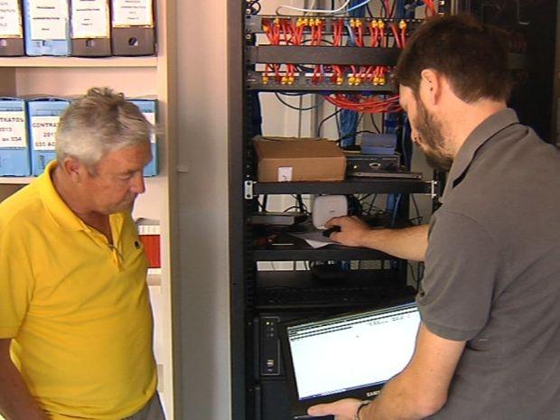 Prefeito contratou especialista para resolver problema (Foto: Reprodução / TV TEM)