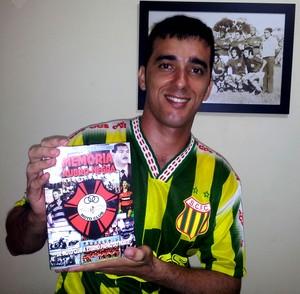 Hugo Saraiva, autor de livros sobre Moto e Sampaio (Foto: Arquivo pessoal / Hugo Saraiva)