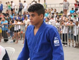 Julio tem rotina de atleta de alto rendimento (Foto: Mariana Bolsoni/Divulgação)