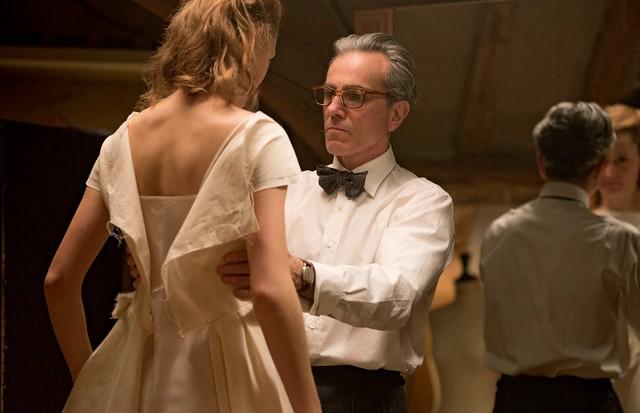 Daniel Day-Lewis no papel do estilista Reynolds Woodcock (Foto: Reprodução e Divulgação)